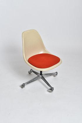 Eames Bürostuhl