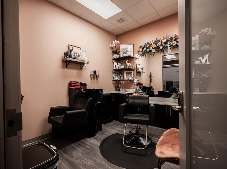 Single stylist suite