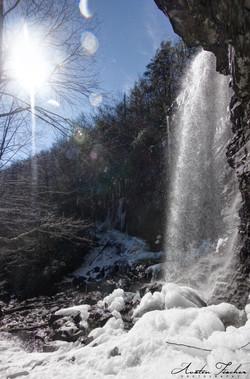 Glen Onoko Snowy Fall