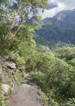 Taroko Mountainside Path
