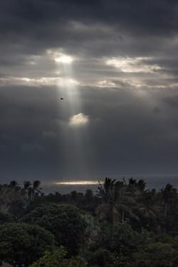 Dulan Ocean Sunbeam