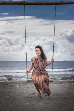 Regina Beach Swing