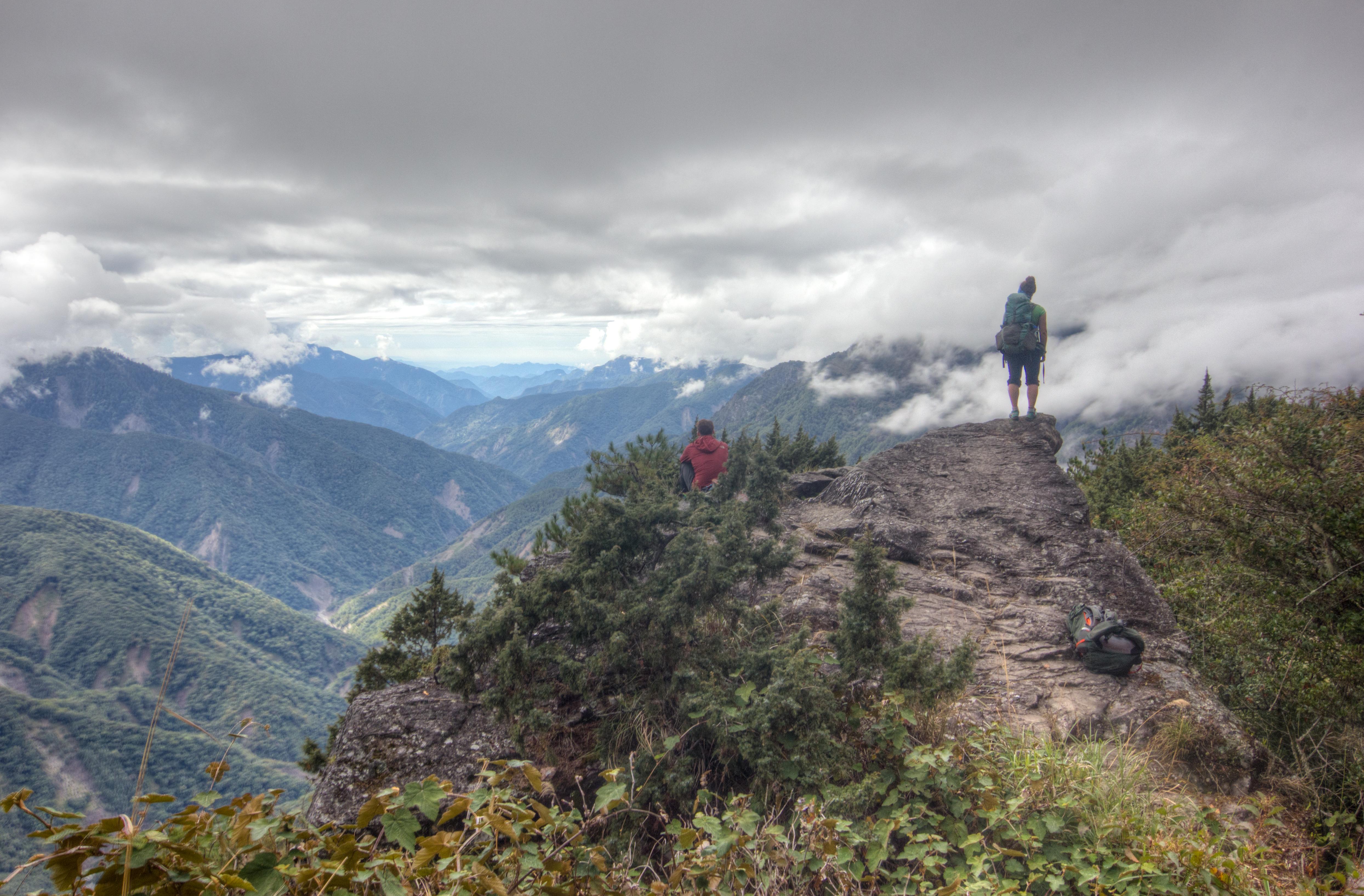 Alex and Jonas Yushan Trail