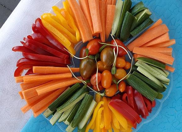 פלטת ירקות חתוכים