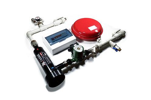 Hydrauliczny zestaw wiszący naścienny z kotłem elektrodowym Gejzer 15 do instalacji grzewczej.