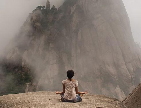 Meditating%20in%20Mountains_edited.jpg