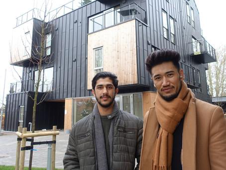 Studerende er mentorer for flygtninge i prisvindende studieboliger