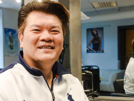 Den muntre frisør fra Vietnam