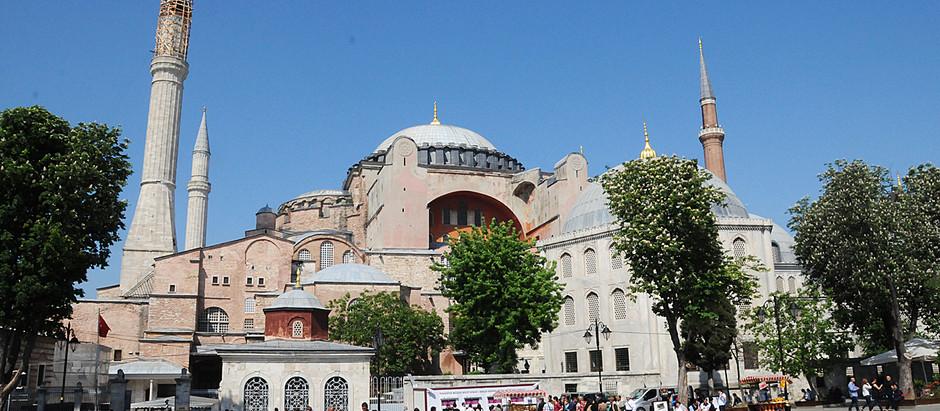 Koranen reciteret i Hagia Sophia i Istanbul for første gang i mere end 80 år