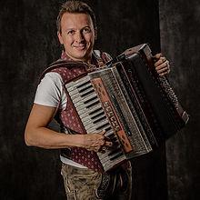 #jensneher #musician #musiker #heimat#vo