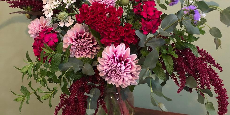 Full Class : Garden Tour and Bouquet Class