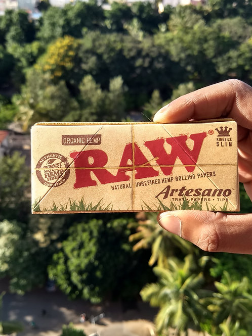 RAW Organic Artesano - (32 sheets + 32 tips + Tray)