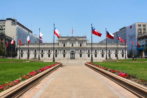 Palacio_de_La_Moneda_-_miguelreflex.jpg