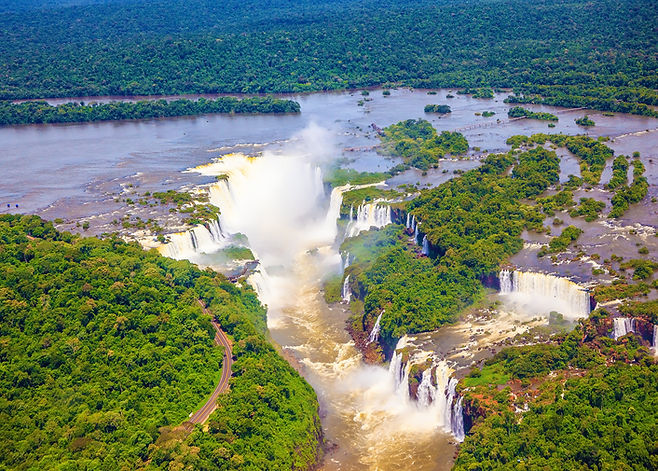 Iguazu_Falls_Aerial_View_shutterstock_26