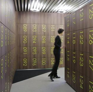 corporate-smart-lockers-metra-HID-1024x6