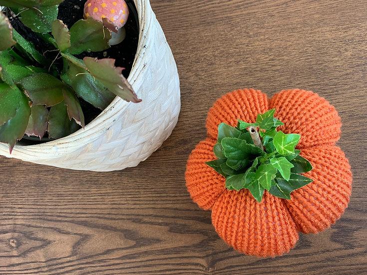 Classic Knitted Pumpkin