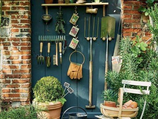 15 Inspirações para Organizar Ferramentas de Jardinagem