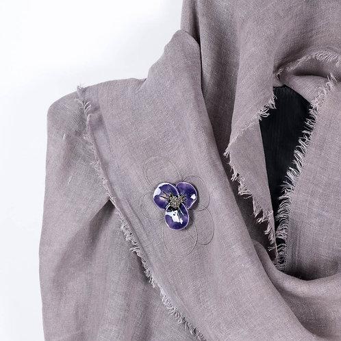 Broche fleur violette