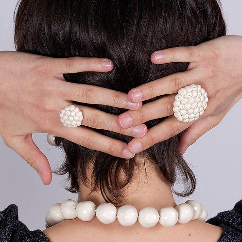 Bague perles ivoire