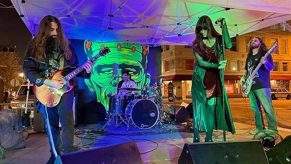 Band Halloween 2021.jpg