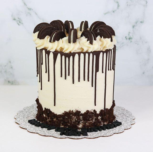 Oreo Drip Cake Dreamzzz 🍫 #showboybakes