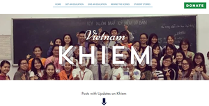 Khiem teaching sign to 56 hearing students at university in Vietnam. The Deaf Dream Organization.