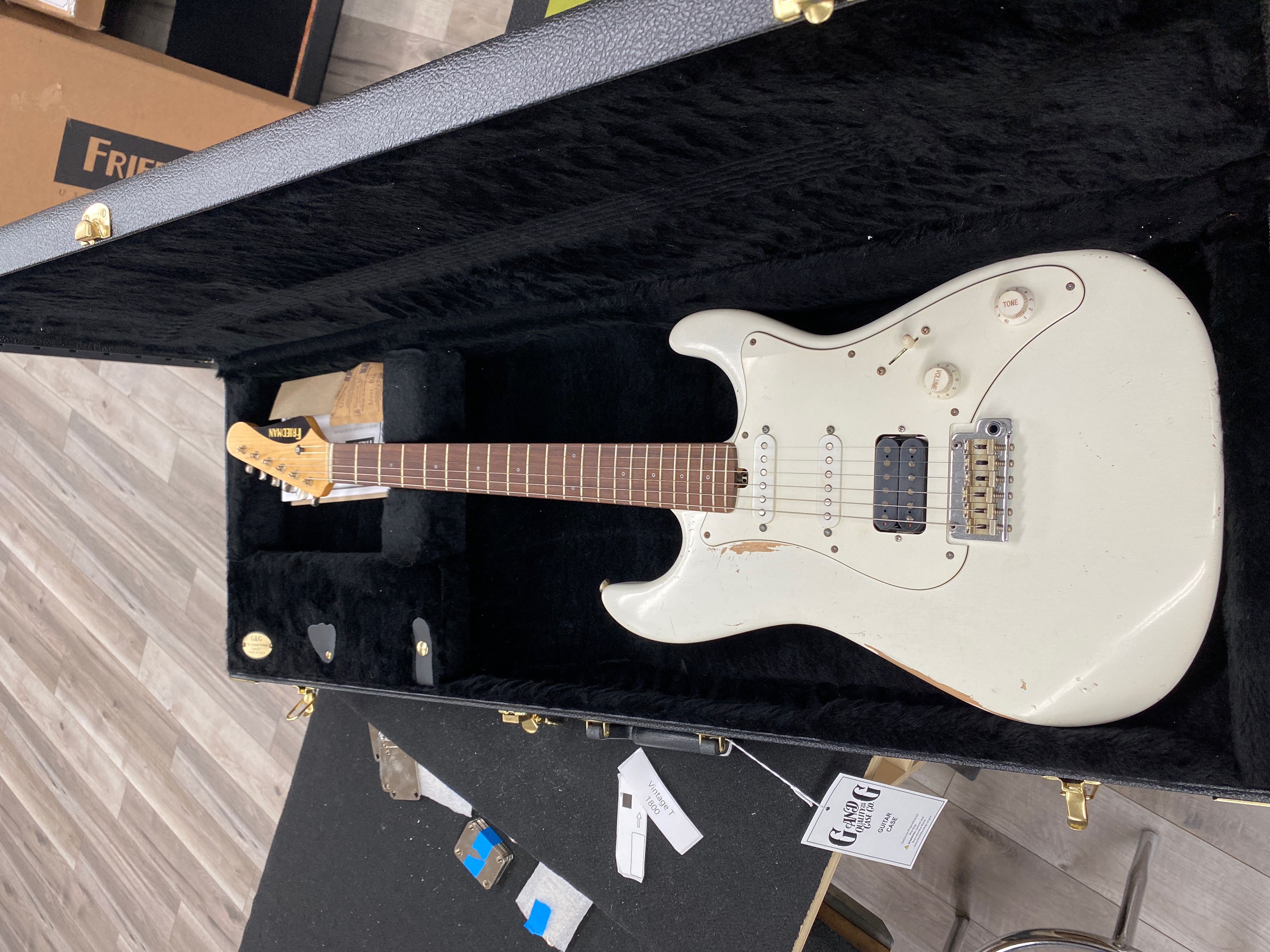 Friedman Vintage S on the way to Westcoast Guitars 604 6824422