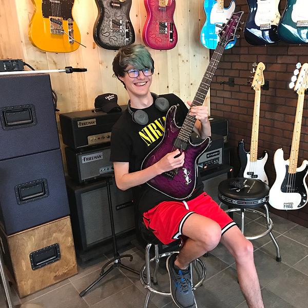 Evan Schecter Artist Rockin' his C1 Hellraiser