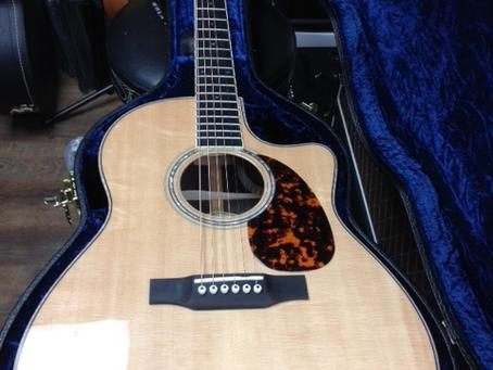 Larrivee Guitars Amazing Prices on Amazing Instruments !