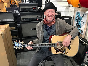 Left Hand Gibson Dove Custom Shop