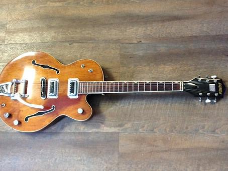 Coolvintageguitars.com Musical Instrument Set Dec and Prop Rentals