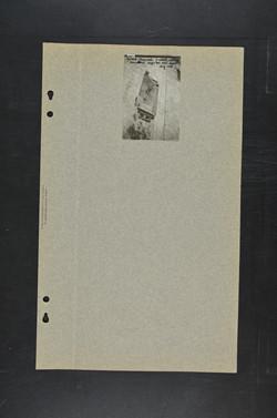 צילום כותרת צלבנית על הקיר הדרומי של כנס