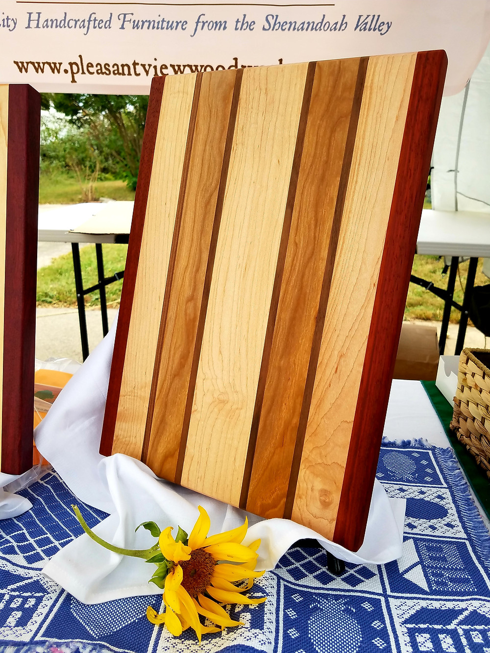 Pleasant View Woodworks cutting board