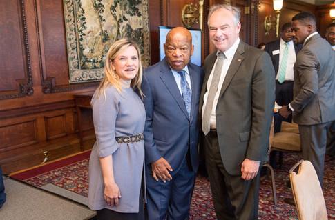 Senator Tim Kaine recieves the John Lewis-Amo Houghton Leadership Award for Faith & Leadership from the Faith and Politics Institute