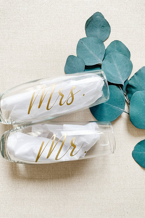 Stemless Mr + Mrs Champagne Flutes