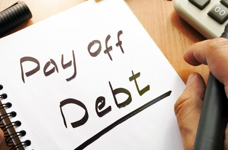 A Tip for Anyone with Too Much Debt – Try the 'Snowball Method'