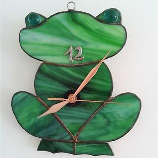 שעון צפרדע.jpg