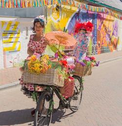 Waarzegster op de fiets