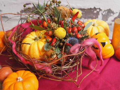 OCTOBER LESSON ; 生花クラス '籠を編んで作るハロウィンアレンジ'