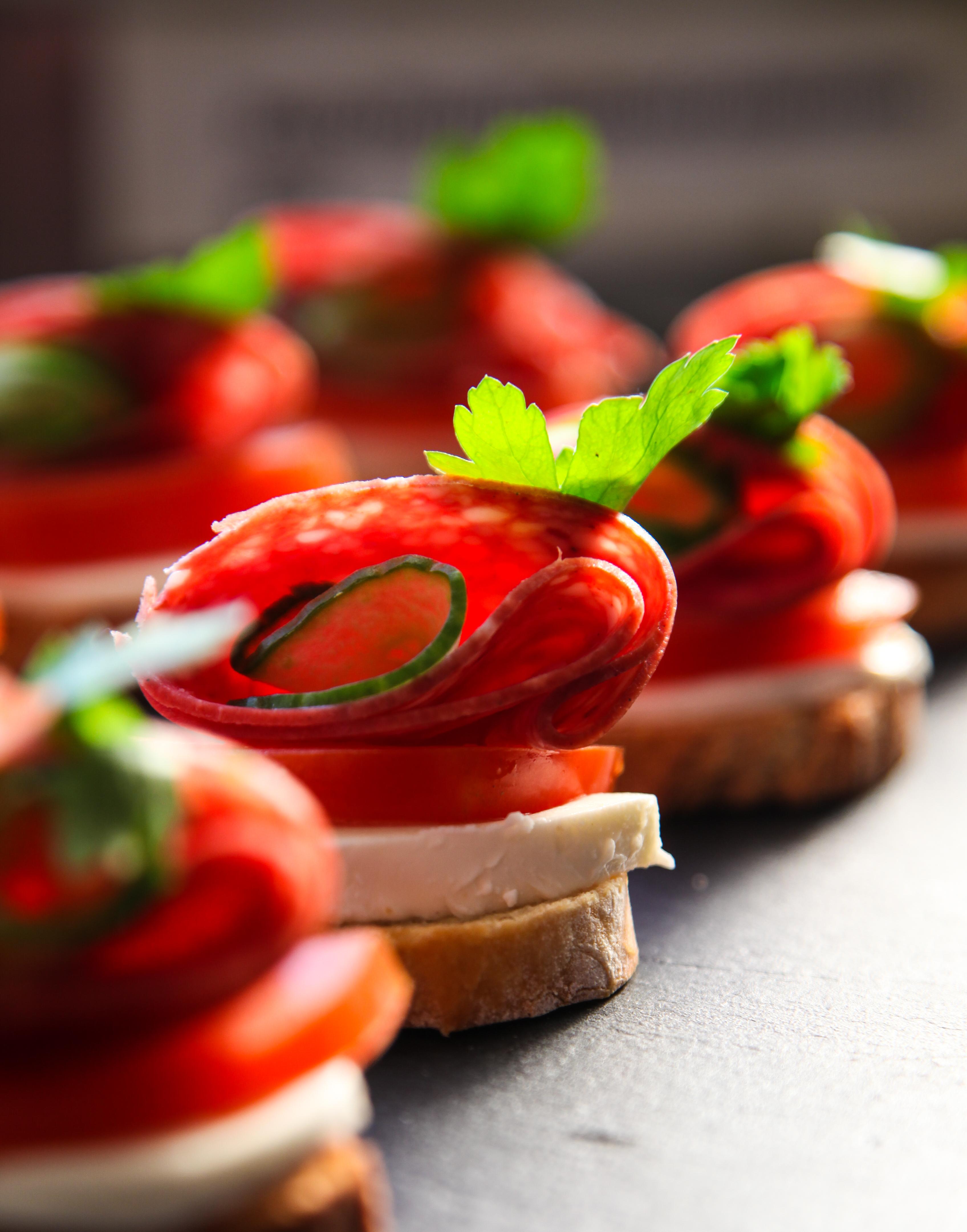 Mozz, tomato and Salami Crostini