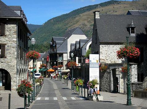 saint-lary-village.jpg