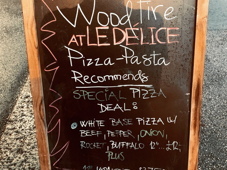 Monday's #pizza deal!