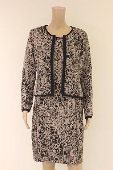 Rozes of Avalon - Set van beige/zwart jurkje met jasje, maat 42