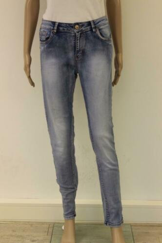 Lichtblauwe Norfy jeans (maat 38)