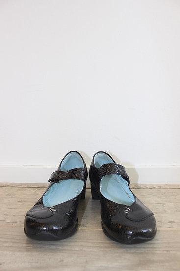 Wolky - Zwarte lakleren schoenen met lage hak, maat 37
