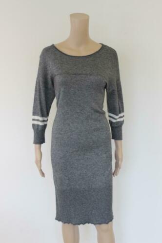 TRUD - grijs jurkje, maat L (valt als maat 38/maat 40)