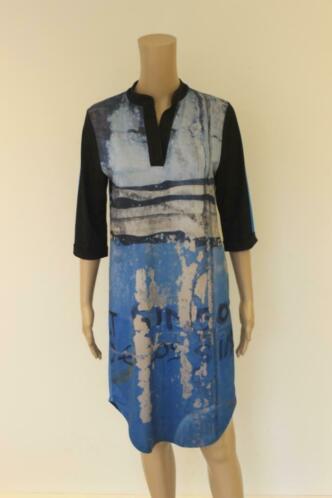 Dividere blauw/grijs/zwarte jurk in maat M (maat 38/maat 40)