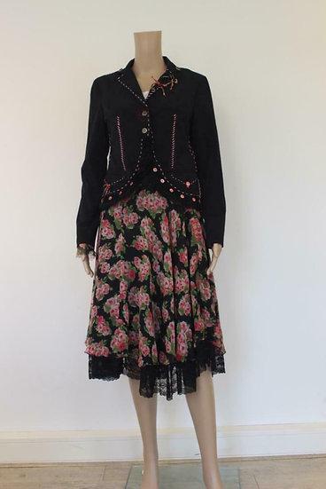 Tricot Chic - Zwart jasje + zijden rozenrok, maat 36/40