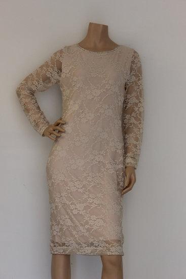 Rozes of Avalon - Lichtroze jurk met kant, maat 40/42