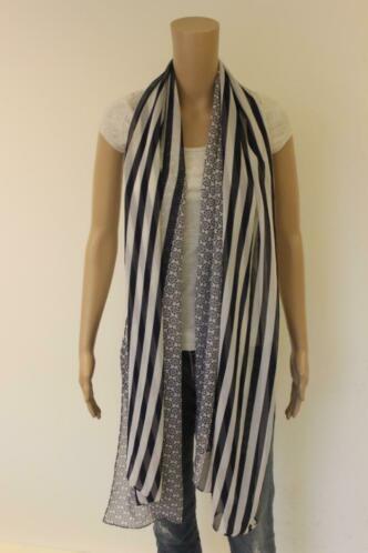Atelier blauw/witte sjaal